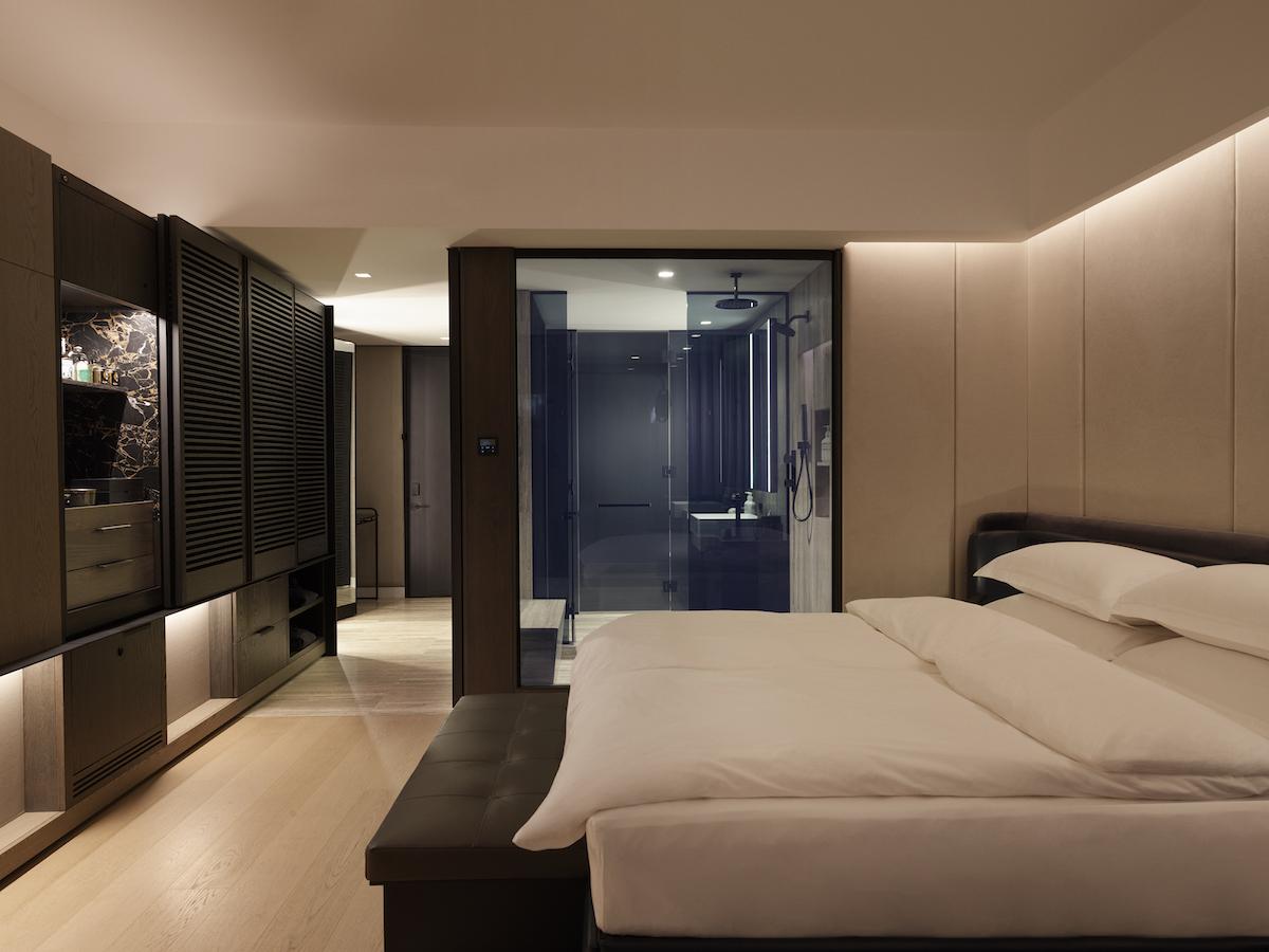 deluxeking-room