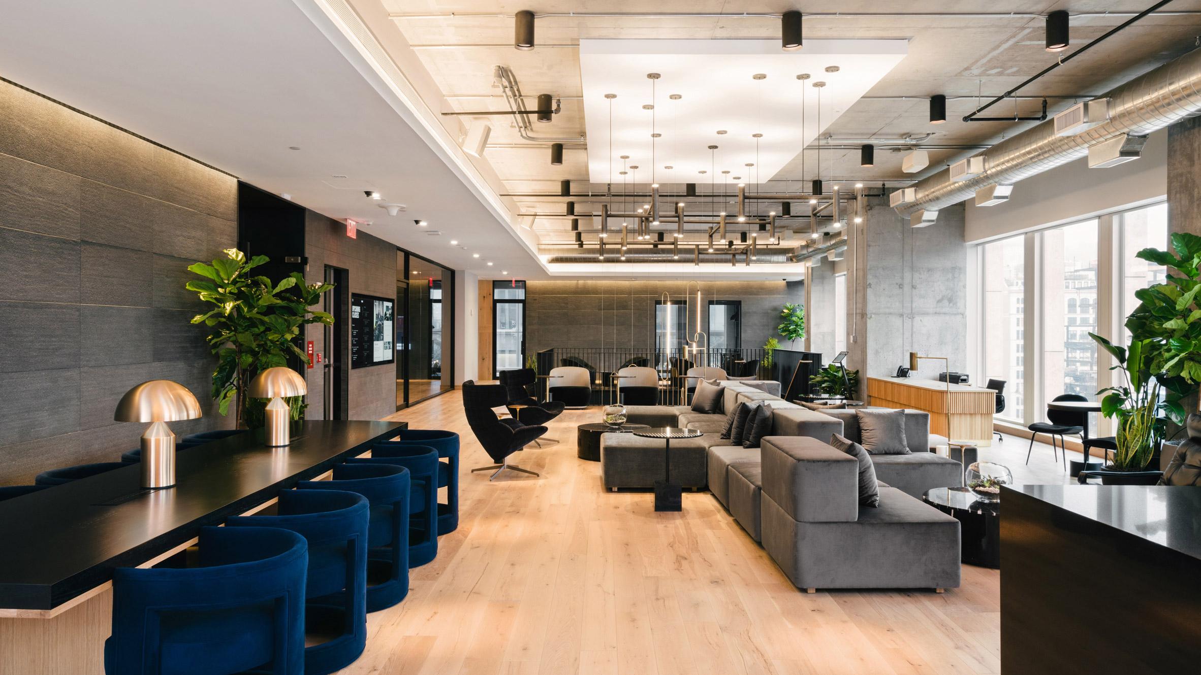 <industrious co working equinox hudson yards new york lounge