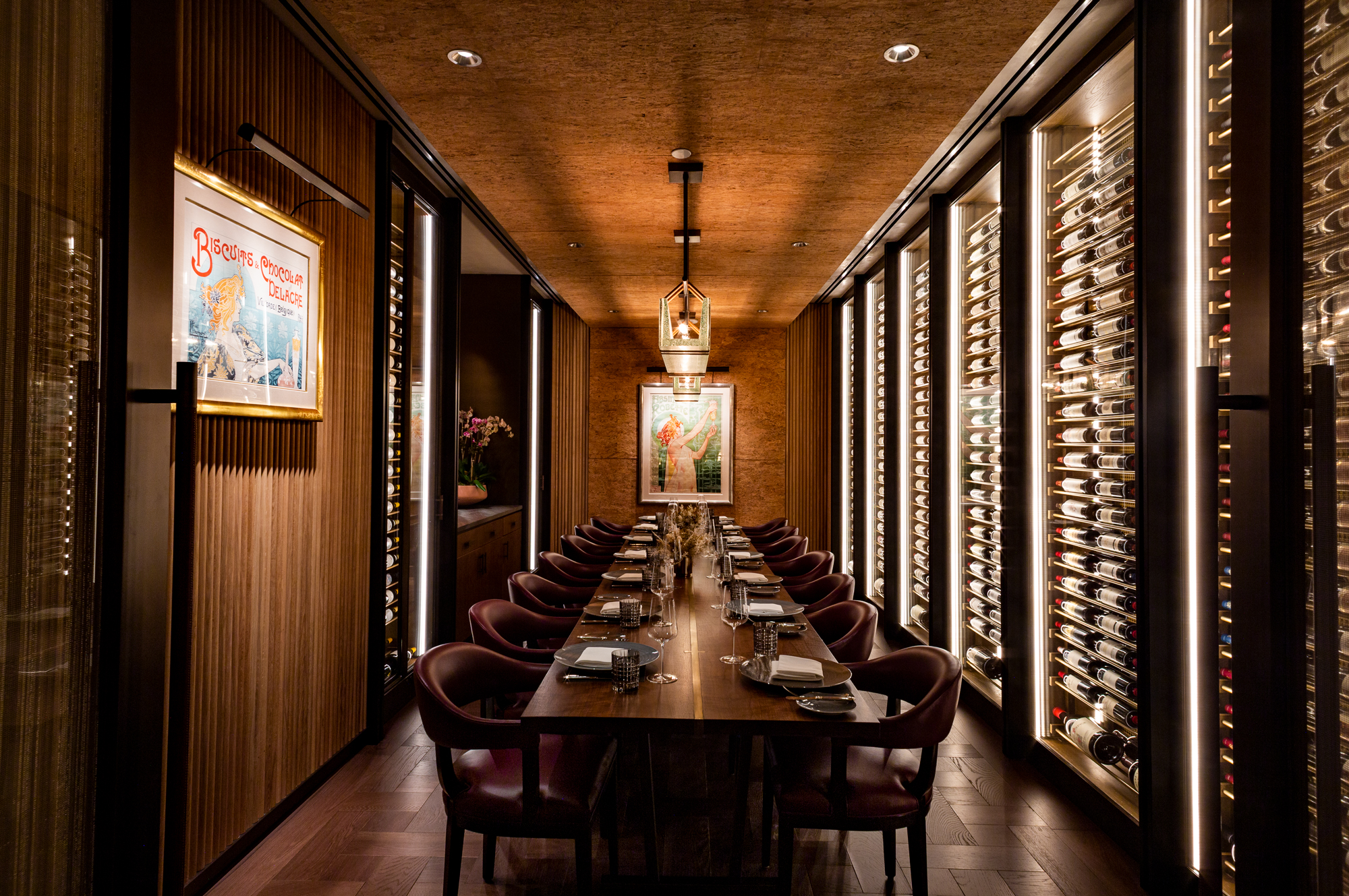 <private dining room with wine cellar walls at ws new york