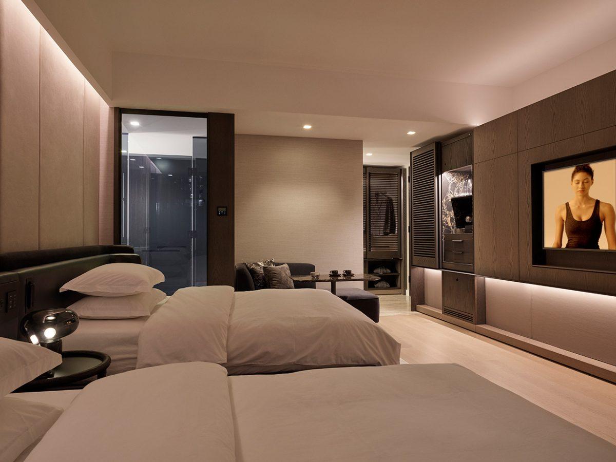 deluxe double double room