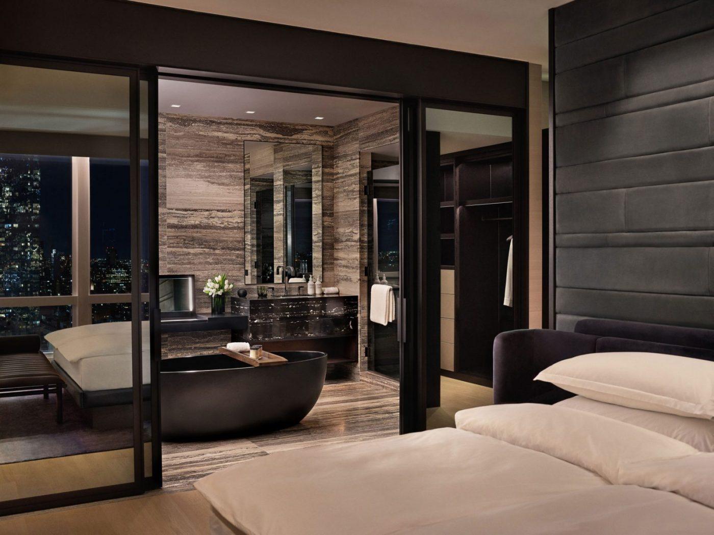 equinox suite with bathroom