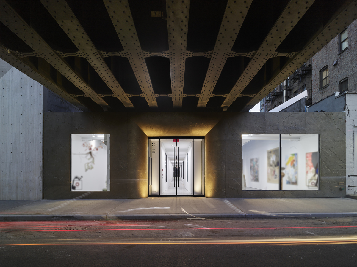 <highline 9 art galleries